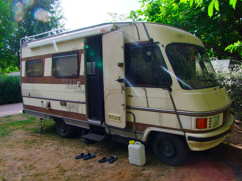 14sc2-Camper.jpg