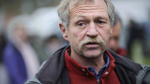 Boerenleider Bové veroordeelt boerenacties