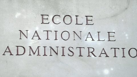 Kleine Franse bestuurselite frustreert hervormingen en vernieuwingen
