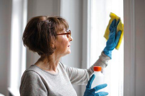 Persoonlijke hulp aan huis in Frankrijk: contract goed nalezen