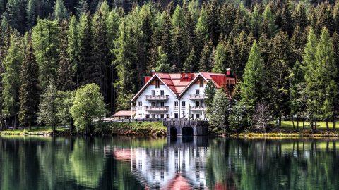 Regering werkt aan versoepeling taxe plus-value vakantiewoningen