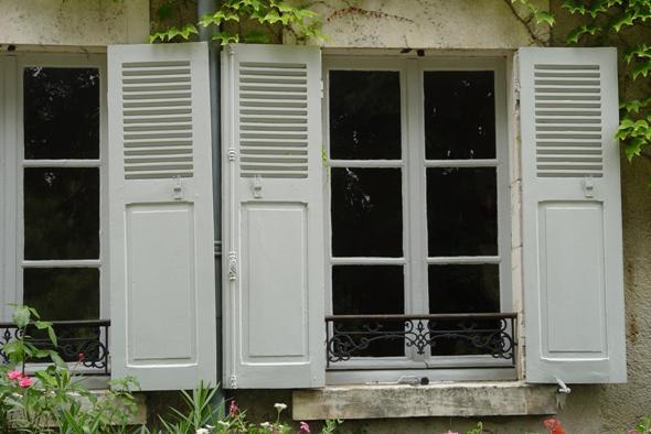 Luiken en buitendeuren - Wonen en Leven in Frankrijk