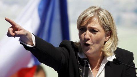 Harde taal Marine le Pen tegen zigeuners