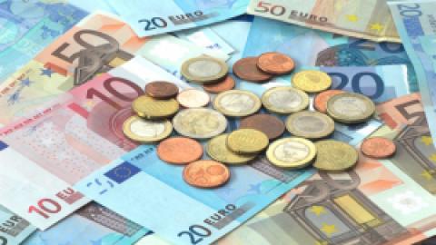 Franse inkomstenbelasting valt 6 miljard tegen