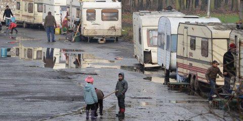 Duidelijke taal van minister over Roma-zigeuners wekt irritaties op