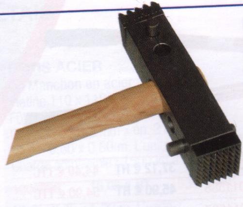 c89m9-marteau.jpg