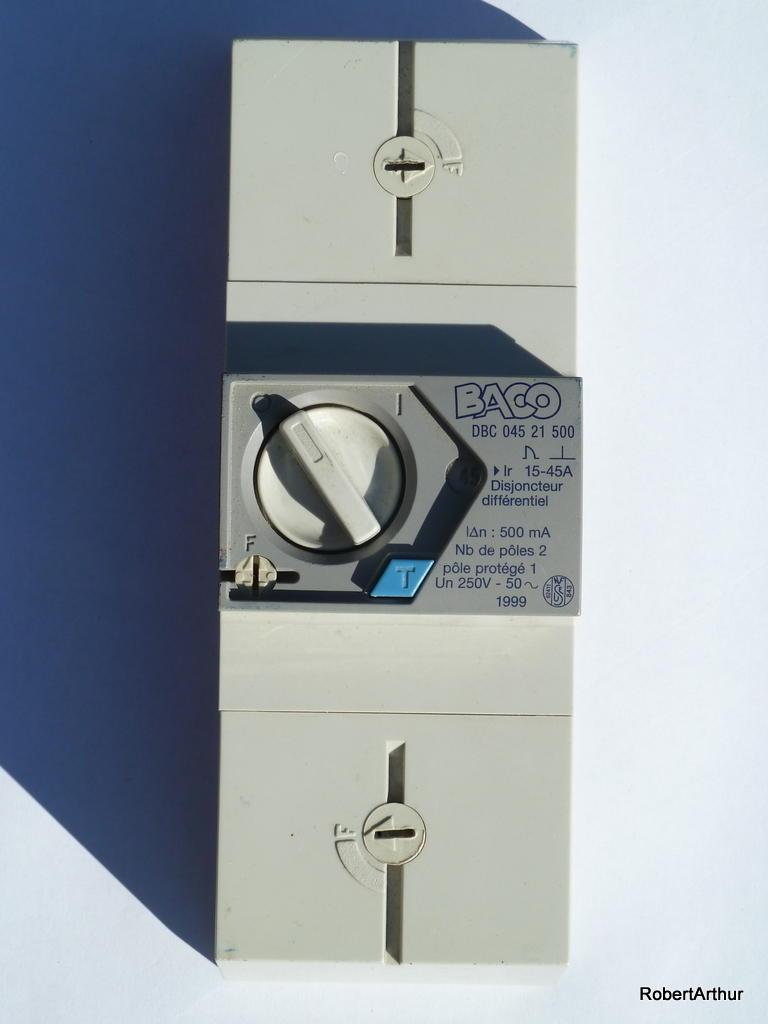 disjoncteur modern
