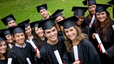 Jonge hoog opgeleiden vinden moeilijker een baan
