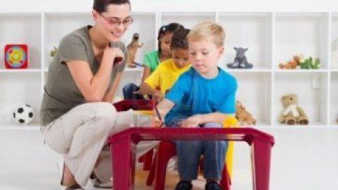 Franse overheid: verbetering onderwijskwaliteit moet beginnen bij kleuter- en basisschool