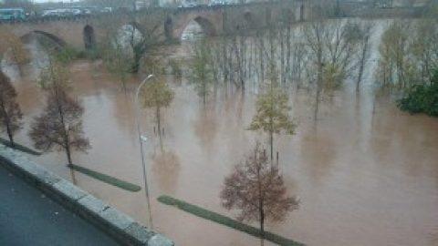 Zuid-Frankrijk in shock na overstromingen