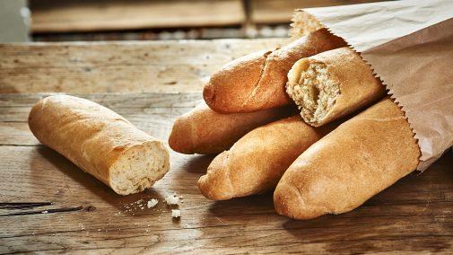 pain sur la plance