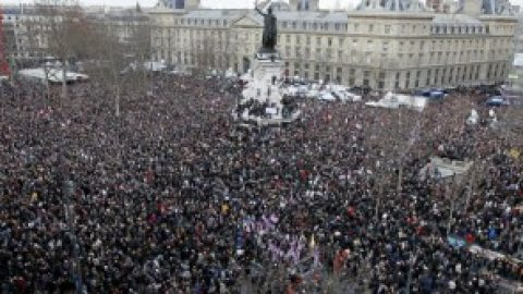 Fransen na de aanslagen in Parijs