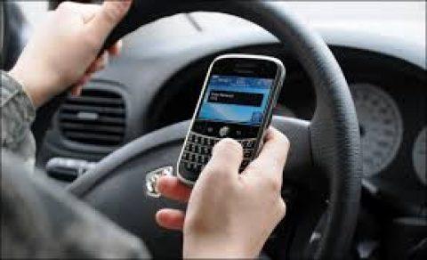 Campagne tegen telefoneren en sms'en achter het stuur