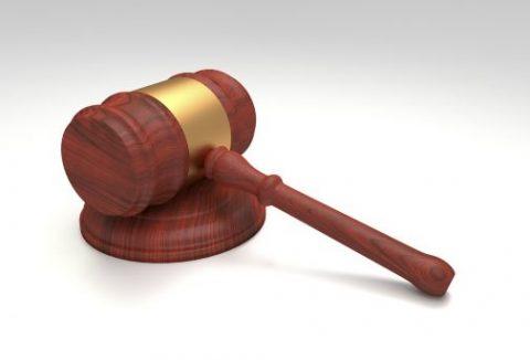 Advocaten, erfrechtspecialisten, vertalers (LET OP! INFORMATIE KAN VEROUDERD ZIJN)